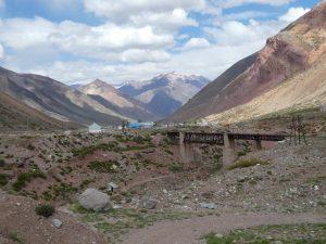 (Las Cuevas--Puente del Inca)